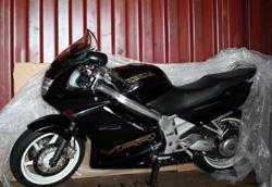 Transport de moto en conteneur maritime à la Réunion